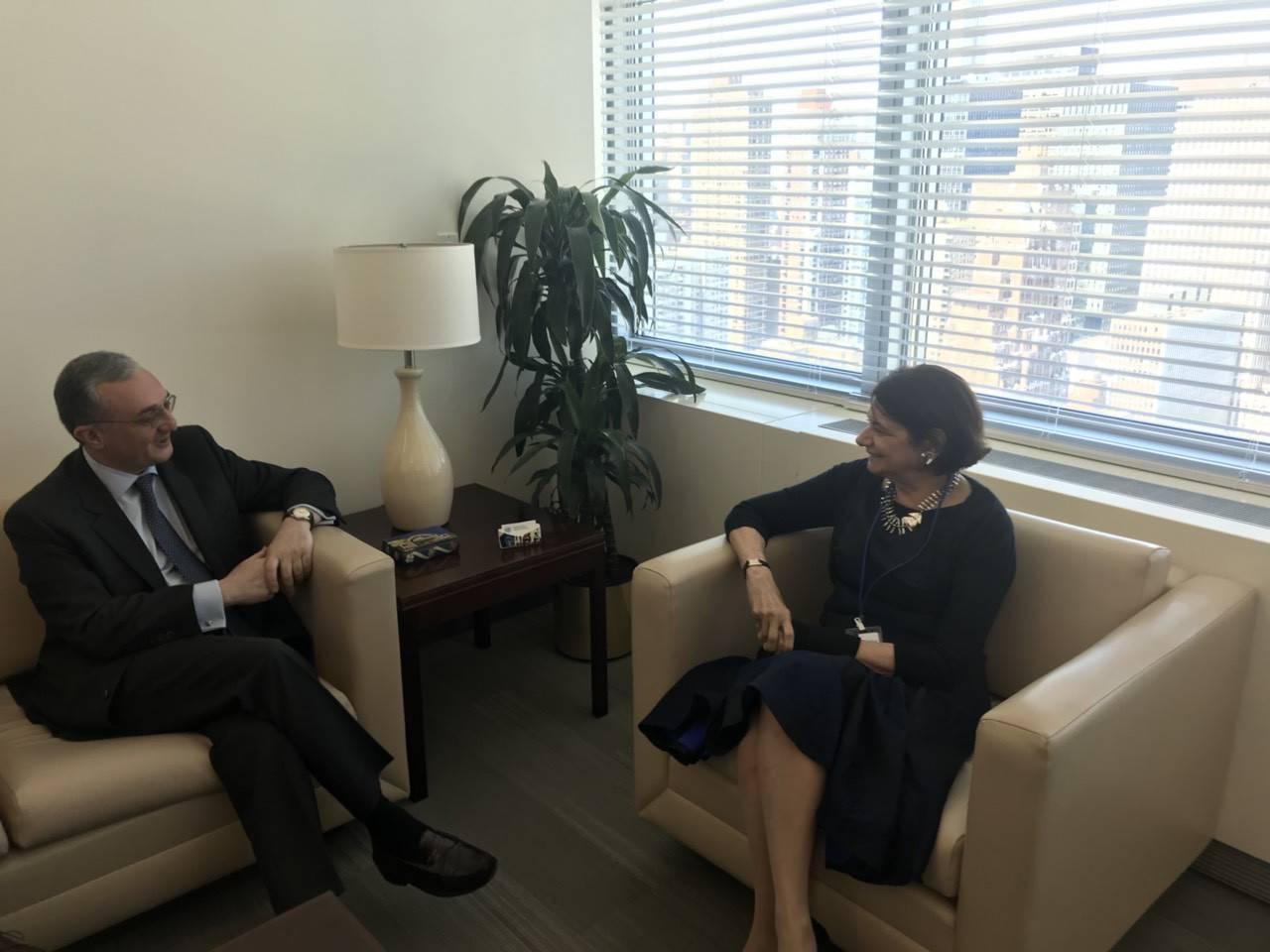 ԱԳ նախարար Մնացականյանը հանդիպեց ՄԱԿ-ի գլխավոր քարտուղարի տեղակալ Ռոսմարի Դիկարլոյին