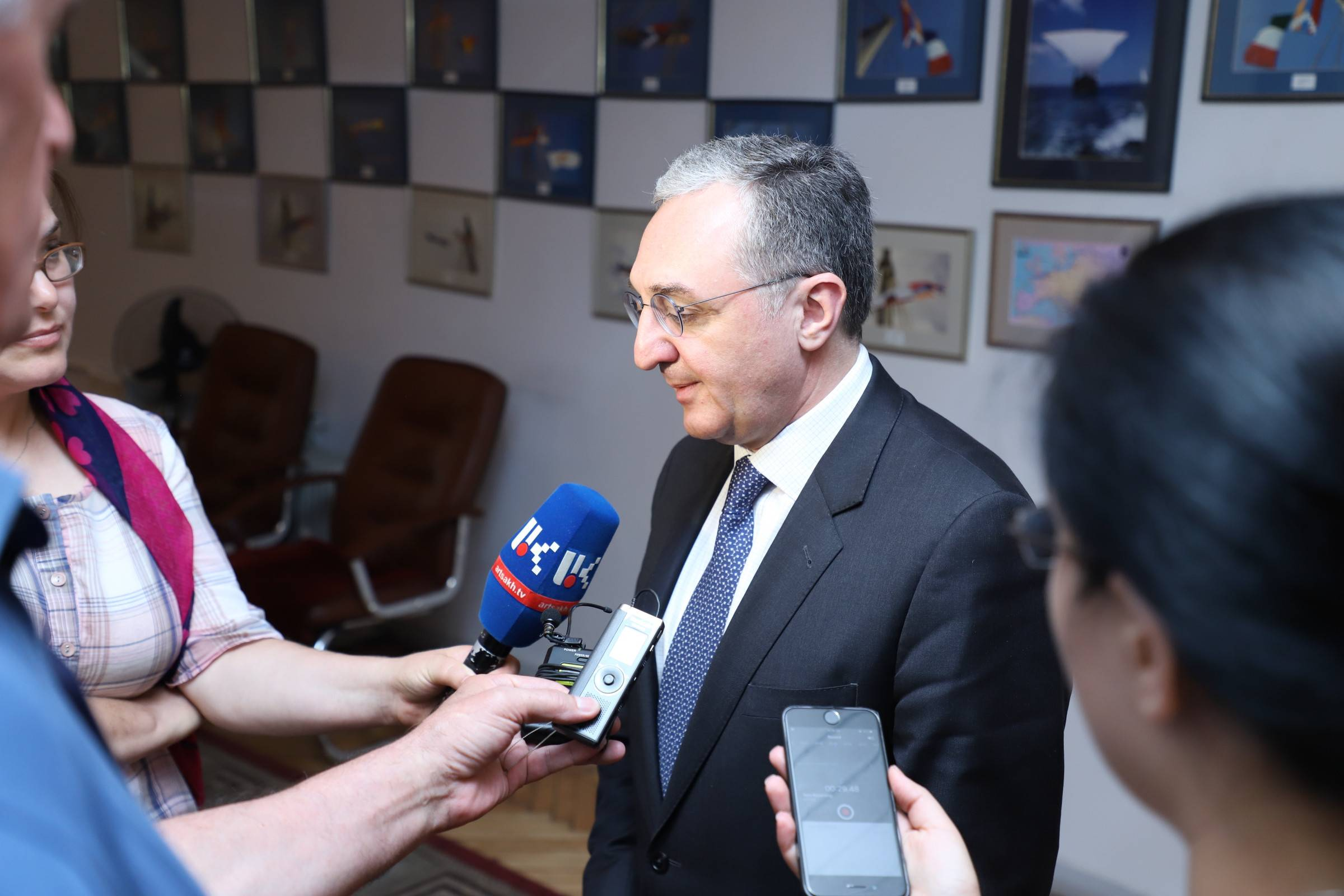 Briefing of Foreign Minister Zohrab Mnatsakanyan to the Artsakh media