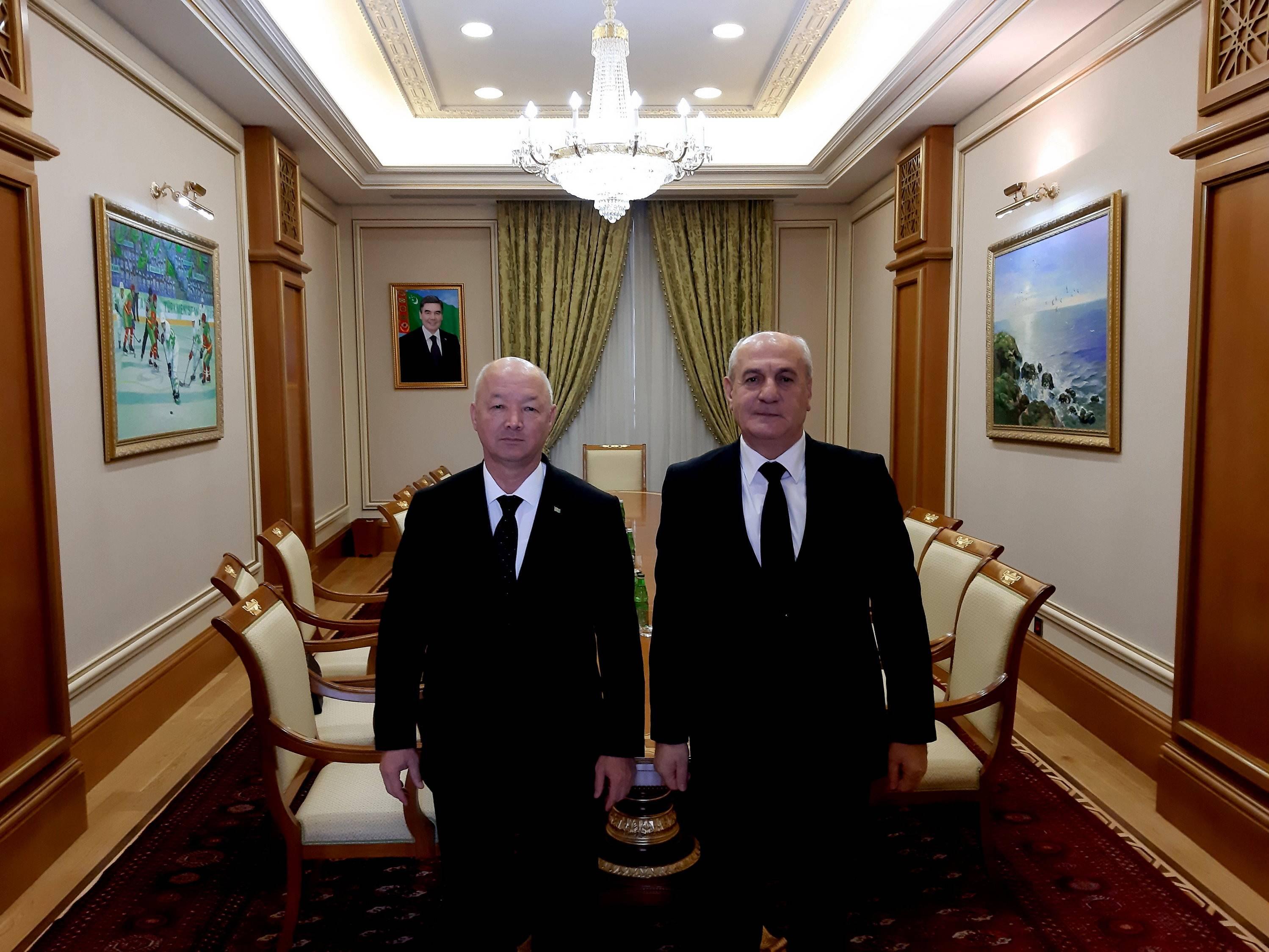 ՀՀ դեսպանի հանդիպումը Թուրքմենստանի փոխվարչապետի հետ