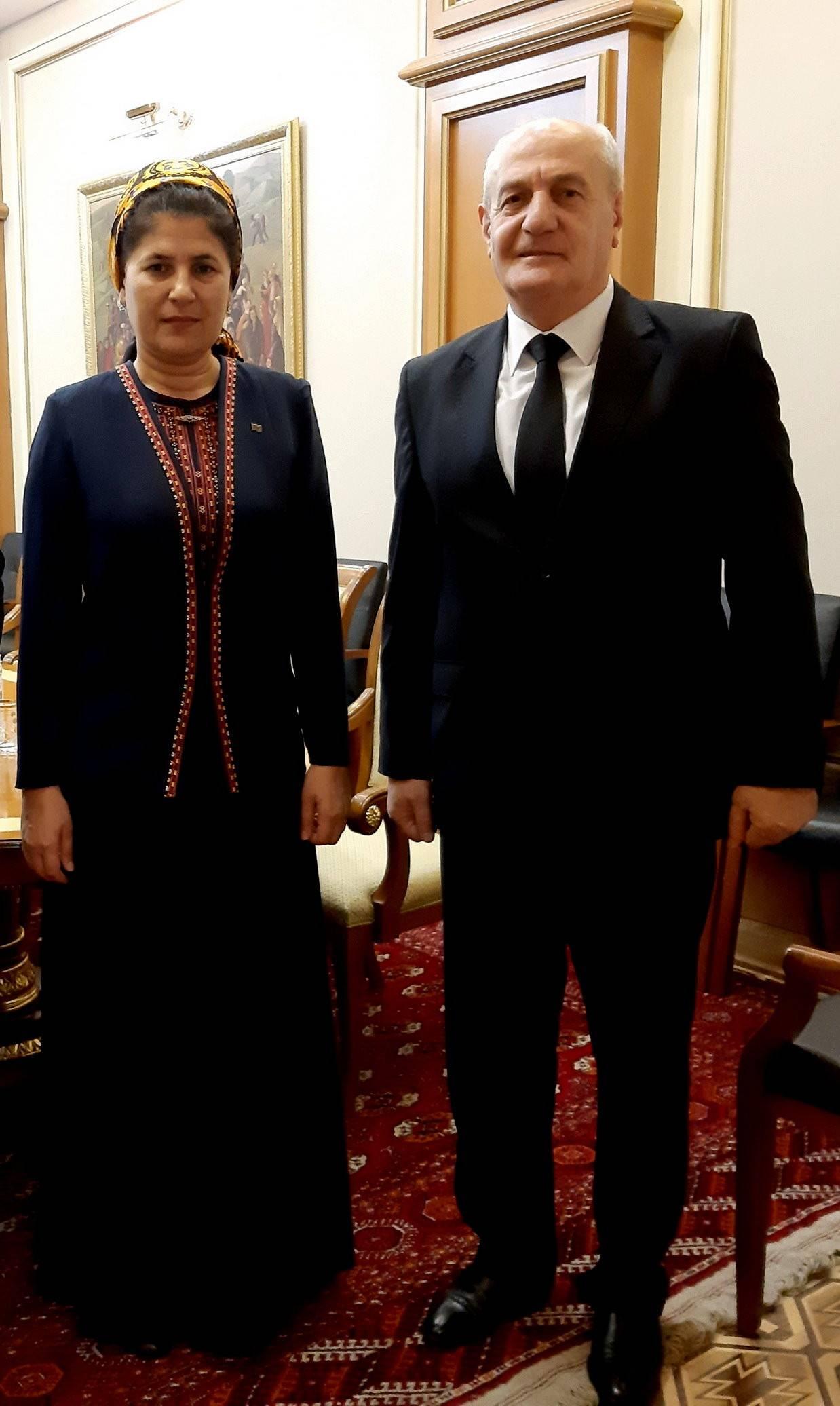 Դեսպան Գ․ Բադալյանի հանդիպումը փոխվարչապետ Բ․ Աբդիևայի հետ