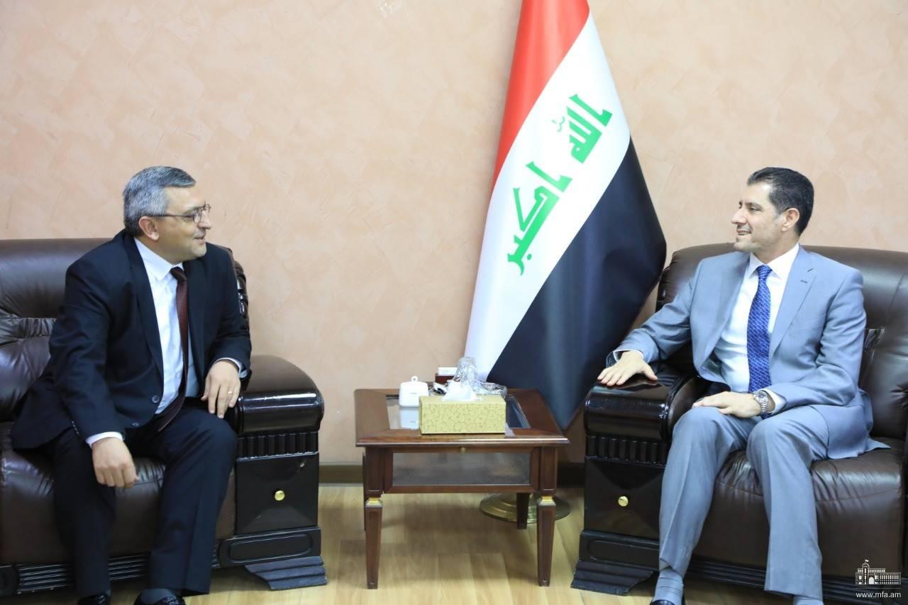Դեսպան Փոլադյանի հանդիպումը Իրաքի պլանավորման նախարարի հետ