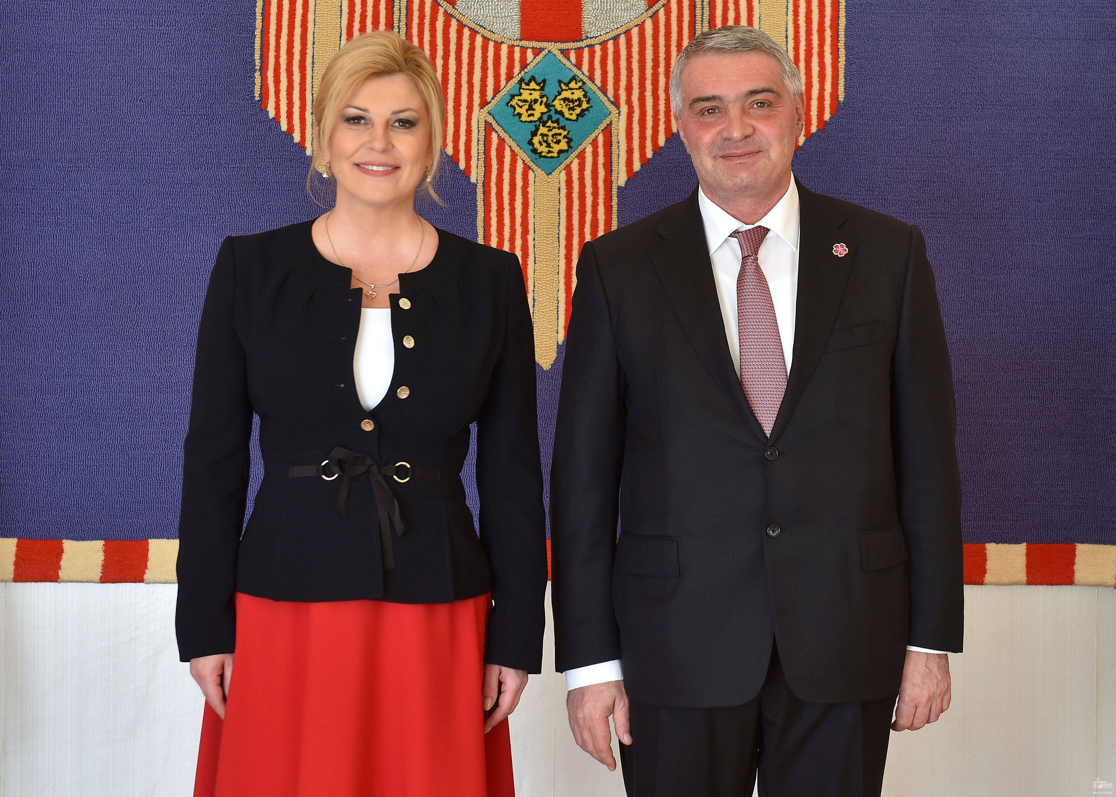 Դեսպան Հովակիմյանն իր հավատարմագրերը հանձնեց Խորվաթիայի Հանրապետության նախագահին
