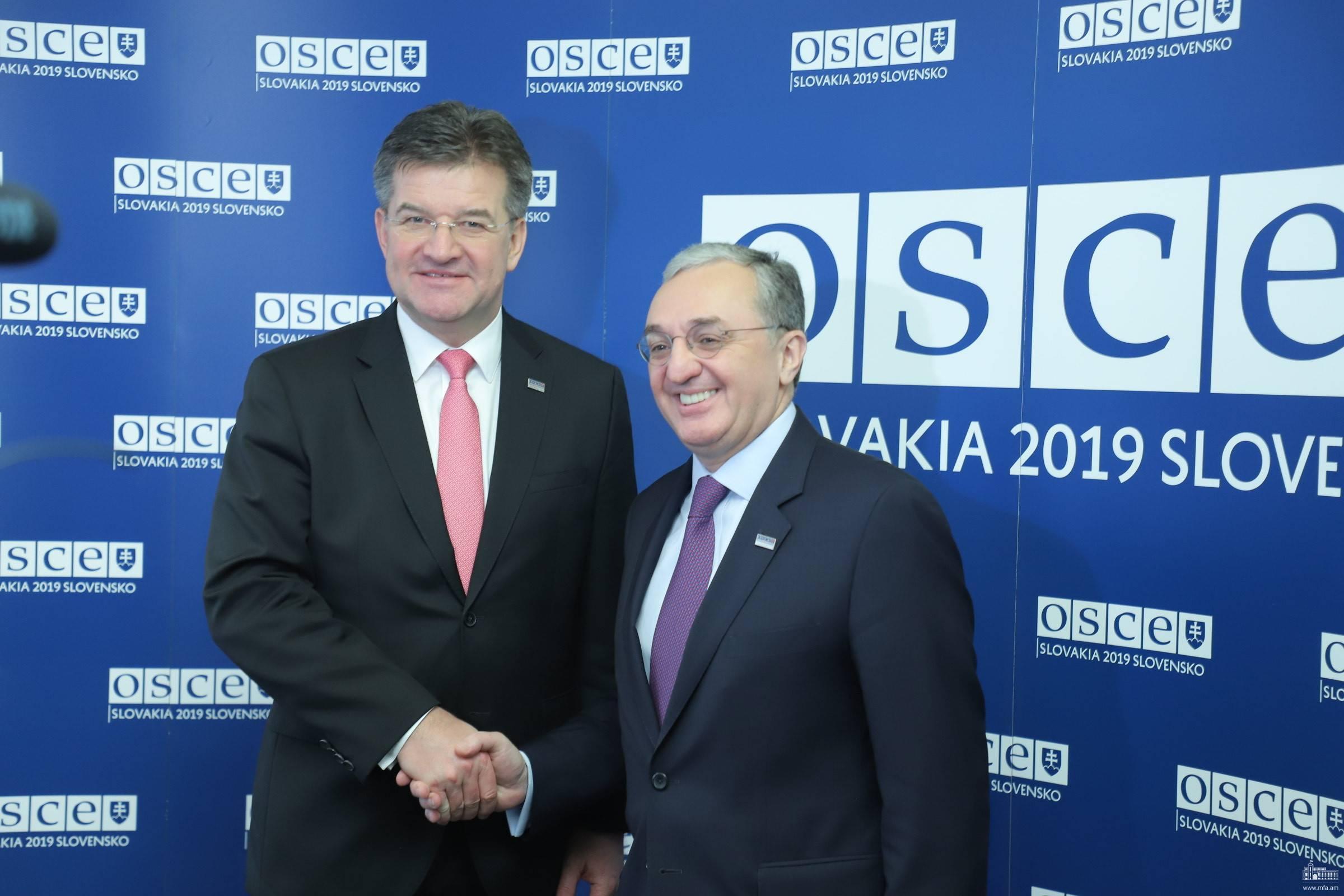 Глава МИД РА и председатель ОБСЕ подчеркнули важность активизации диалога в карабахском конфликте