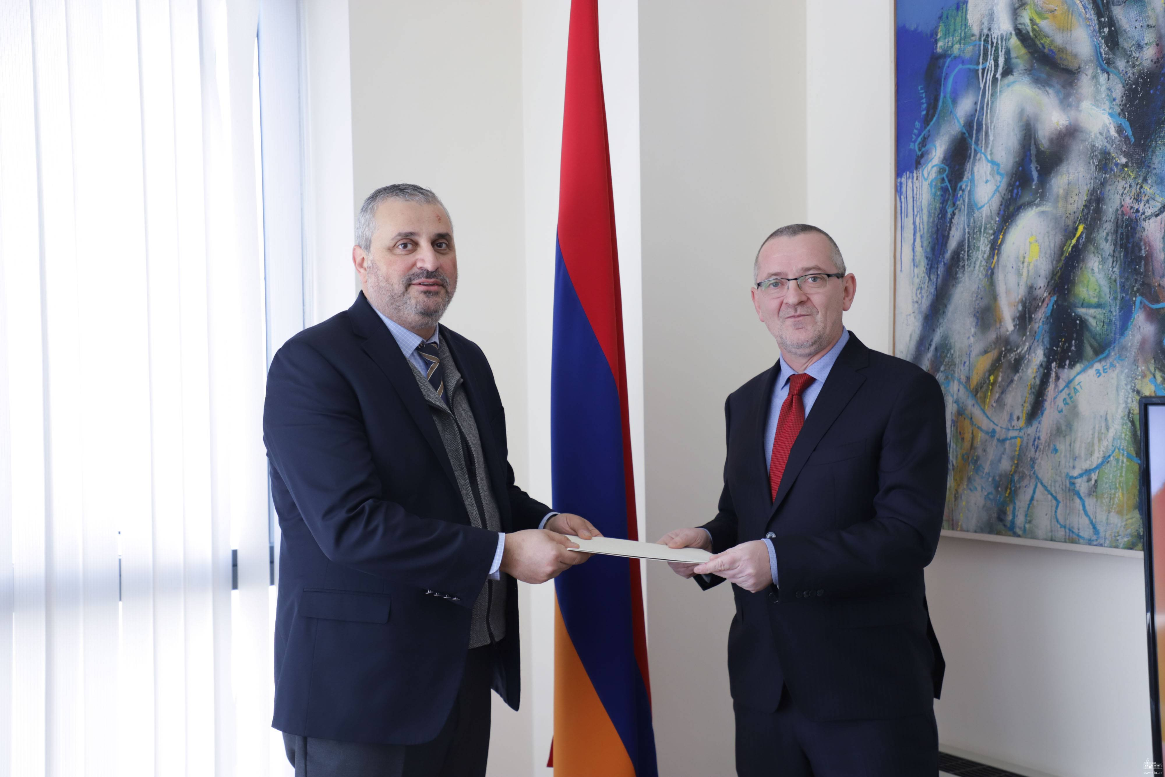 The newly appointed Ambassador of the Republic of Slovenia presented the copy of his credentials to the Deputy Foreign Minister of Armenia
