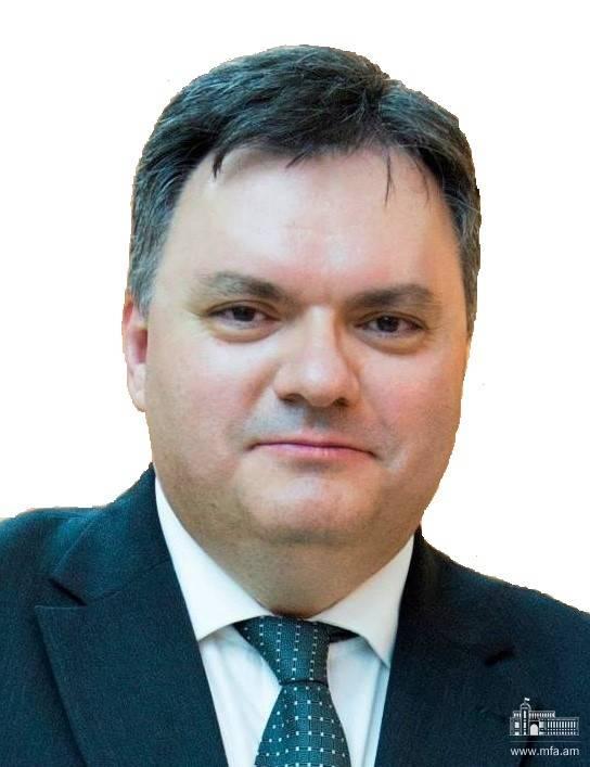 ՀՀ նախագահի հրամանագիրը Բրազիլիայի Դաշնային Հանրապետությունում Հայաստանի Հանրապետության արտակարգ և լիազոր դեսպան նշանակելու վերաբերյալ