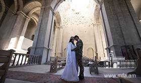 An Armenian couple got married today in the Holy Savior Cathedral (Ghazanchetsots) which was twice shelled by Azerbaijan / Photo credits: Davit Ghahramanyan