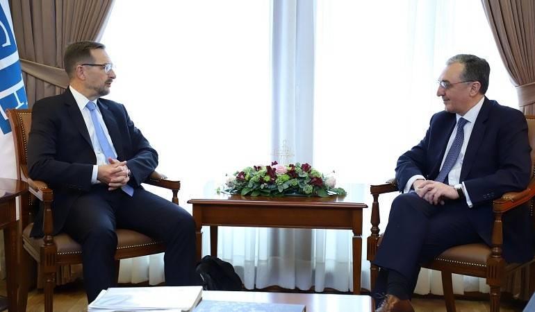 Le Ministre des Affaires étrangères d'Arménie a reçu le Secrétaire général de l'OSCE
