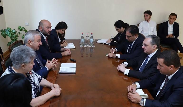 Rencontre entre le Ministre des Affaires étrangères d'Arménie et le Président de l'Assemblée nationale d'Artsakh, Ashot Ghoulyan