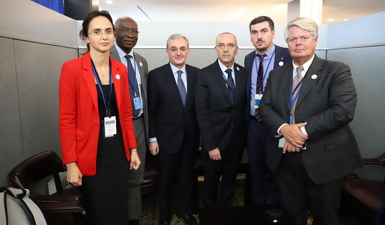 Встреча Зограба Мнацаканяна с членами парламентской делегации Италии