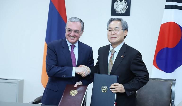 Հայաստանի ԱԳ նախարարի պաշտոնակատարն ընդունեց Հայաստանում Կորեայի Հանրապետության դեսպանին