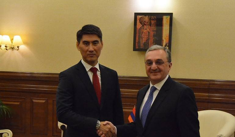 Acting Foreign Minister of Armenia met with the Minister of Foreign Affairs of Kyrgyzstan