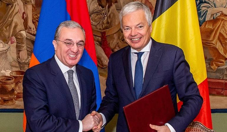 Zohrab Mnatsakanyan a eu une rencontre avec le Vice-Premier ministre, Ministre fédéral des Affaires étrangères et européennes de Belgique