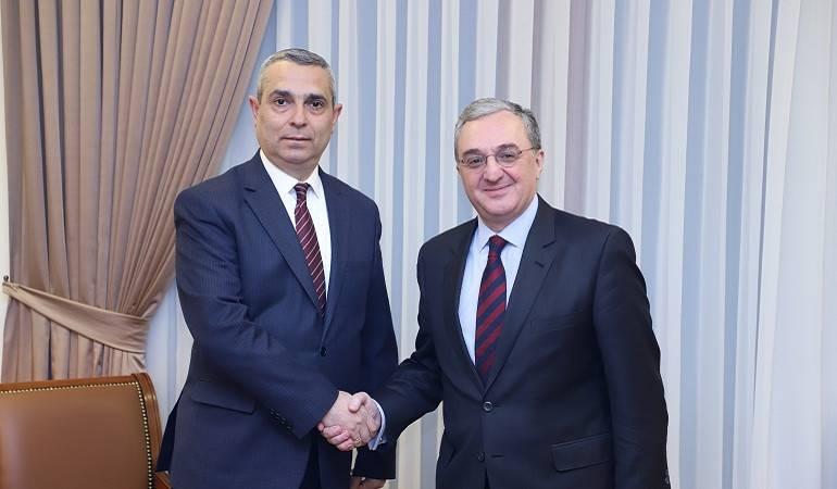 Rencontre entre les Ministres des Affaires étrangères d'Arménie et d'Artsakh