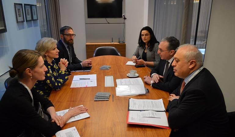 Встреча  министра иностранных дел Зограба Мнацаканяна с министром иностранных дел, культуры и юстиции Лихтенштейна Аурелией Фрик