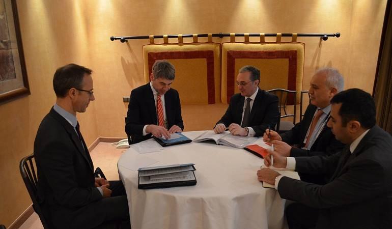 Встреча Зограба Мнацаканяна с советником канцлера Германии по вопросам внешней политики и безопасности