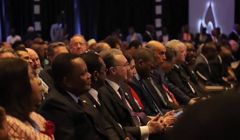 """Министр иностранных дел Зограб Мнацаканян принял участие в мероприятиях, посвященных 25-ой годовщине Геноцида в Руанде """"Квибука 25"""""""