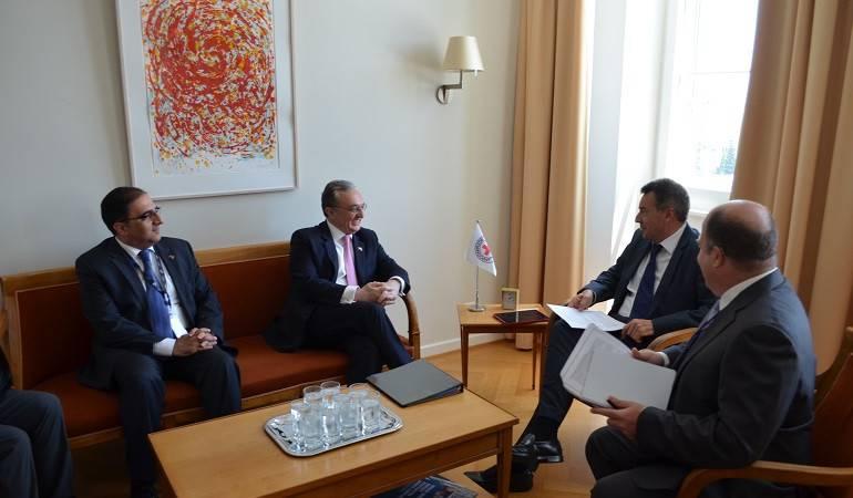 Встреча Министра иностранных дел Зограба Мнацаканяна с Президентом Международного комитета Красного Креста Петером Маурером