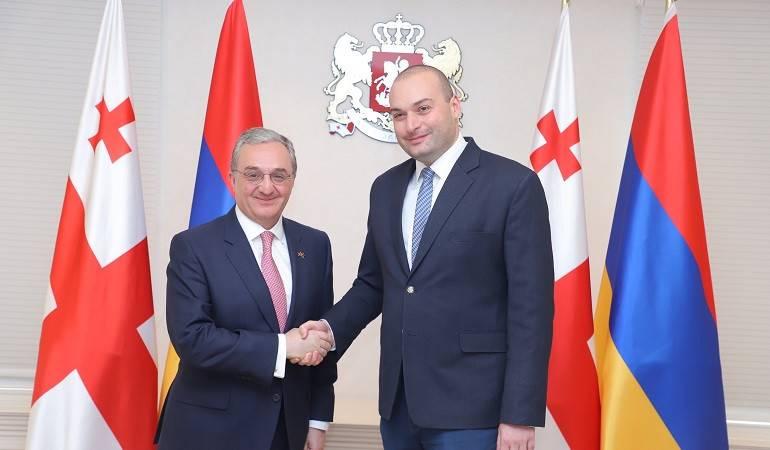 Rencontre entre Zohrab Mnatsakanyan et le Premier ministre géorgien Mamuka Bakhtadze