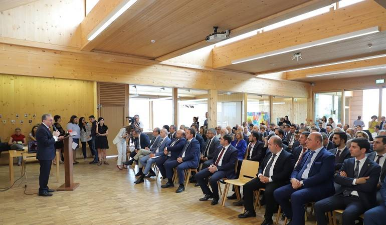 The visit of the participants of the Annual Conference of MFA Apparatus and Heads of Diplomatic Service Аbroad to Gyumri
