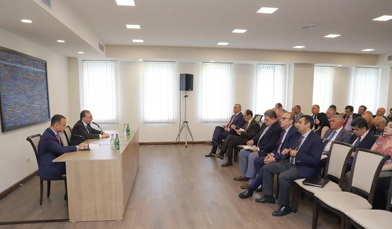 The Meeting of the participants of the Annual Conference of MFA Apparatus and Heads of Diplomatic Service abroad with Zareh Sinanyan,  High Commissioner for Diaspora Affairs