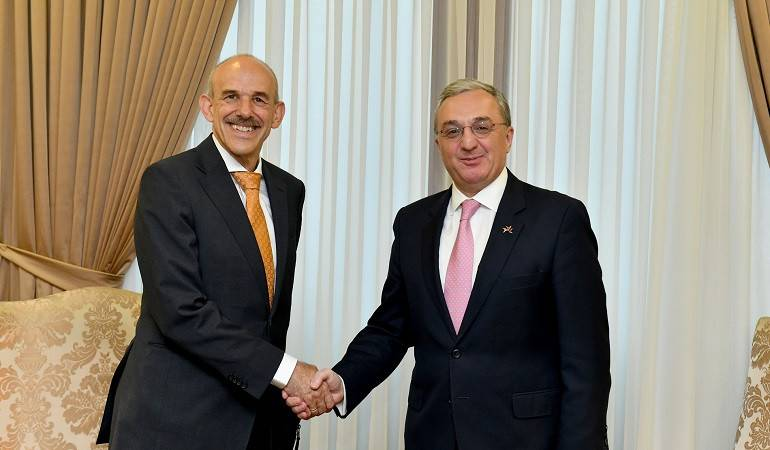 Foreign Minister of Armenia Zohrab Mnatsakanyan receives Michael Johannes Banzhaf, the newly appointed Ambassador of Germany