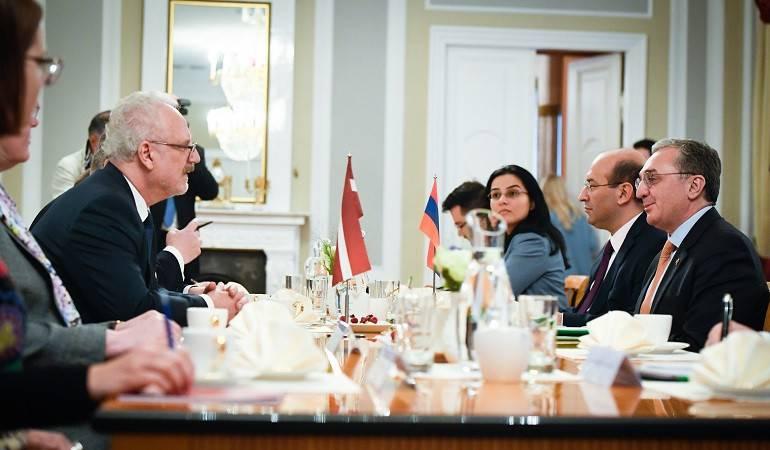 ԱԳ նախարար Զոհրաբ Մնացականյանը հանդիպեց Լատվիայի նախագահին