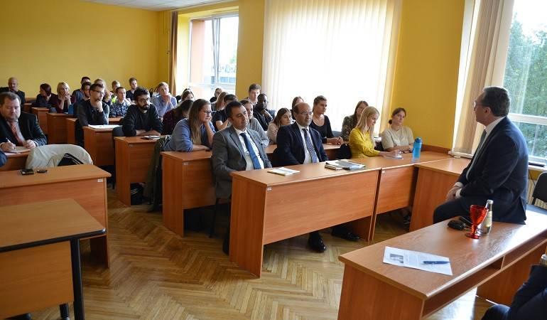 ԱԳ նախարար Զոհրաբ Մնացականյանը դասախոսությամբ հանդես եկավ Լատվիայի համալսարանի միջազգային հարաբերությունների և քաղաքագիտության ֆակուլտետի ուսանողների համար