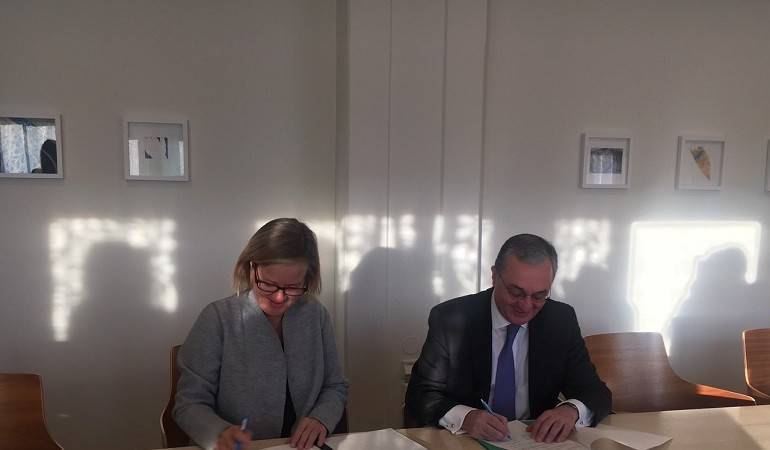 Foreign Minister Mnatsakanyan signed an agreement on the development of cooperation between Sweden and Armenia