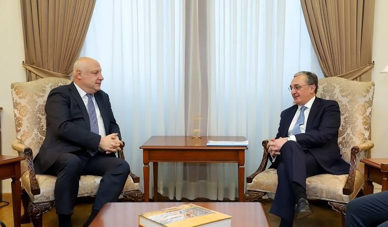 Встреча Министра иностранных дел Зограба Мнацаканяна с Председателем Парламентской ассамблеи ОБСЕ Георгием Церетели