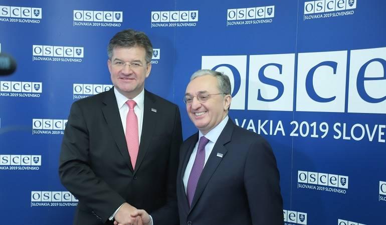 Встреча Министра иностранных дел Армении Зограба Мнацаканяна с Министром иностранных дел Словакии, действующим председателем ОБСЕ Мирославом Лайчаком