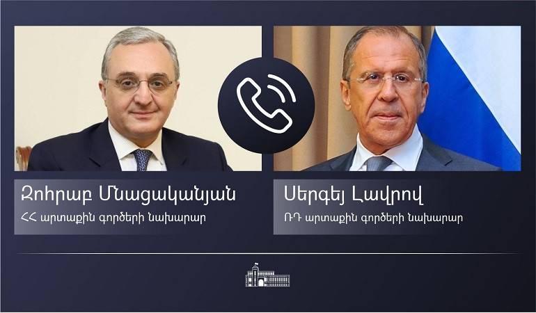 Entretien téléphonique entre le ministre des Affaires étrangères d'Arménie et son homologue russe