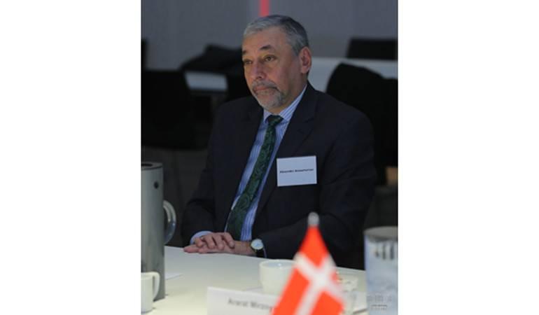 Շվեդիայում ՀՀ դեսպան Ալեքսանդր Արզումանյանի հարցազրույցը «Օրեր» եվրոպական ամսագրին
