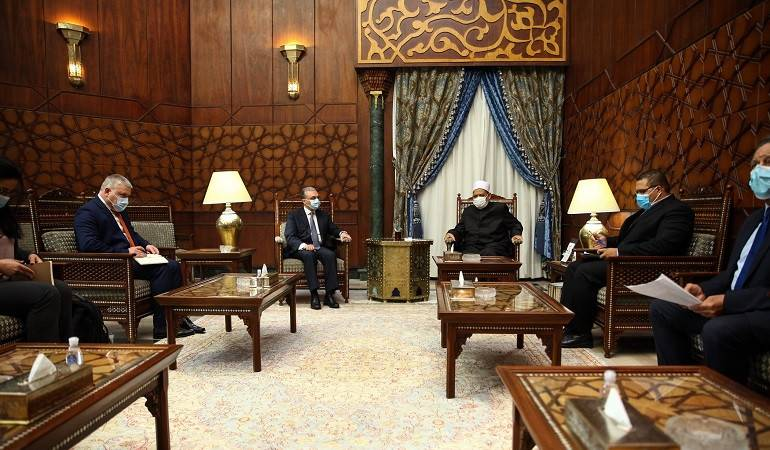 Meeting of Foreign Minister of Armenia Zohrab Mnatsakanyan with Grand Imam of al-Azhar Ahmed Mohamed Ahmed El-Tayeb
