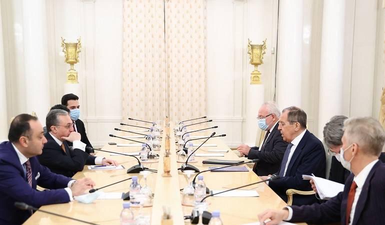 Встреча министра иностранных дел РА Зограба Мнацаканяна с министром иностранных дел РФ Сергеем Лавровым