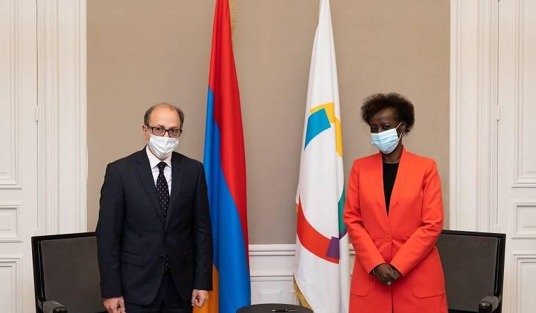Rencontre entre le ministre des Affaires étrangères d'Arménie et la Secrétaire générale de la Francophonie