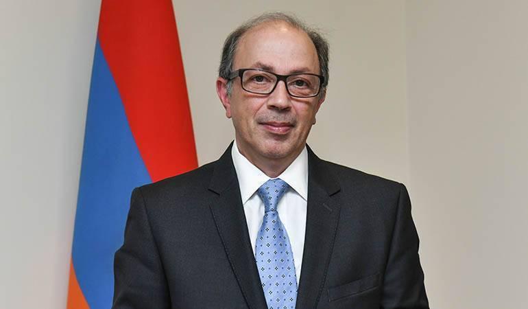 """Interview du ministre des affaires étrangères d'Arménie Ara Aivazian au journal """"Le Monde"""""""