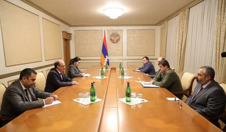 Встреча министра иностранных дел РА Ара Айвазяна с президентом Арцаха Араиком Арутюняном