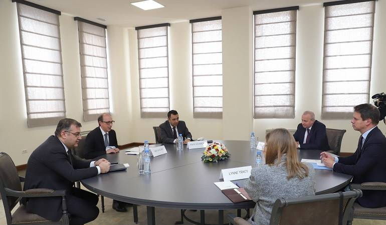 Foreign Minister Ara Aivazian held a meeting with the Ambassadors of the OSCE Minsk Group Co-Chair countries to Armenia
