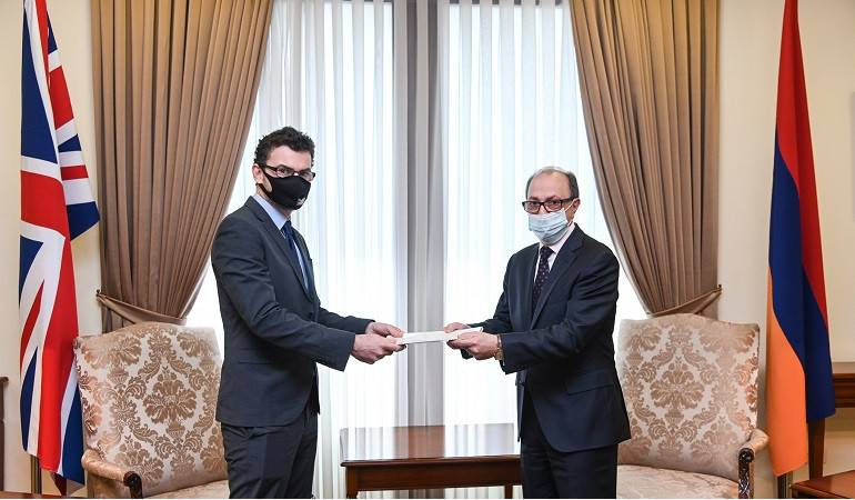 The newly appointed Ambassador of the United Kingdom of Great Britain and Northern Ireland presented the copy of his credentials to the Foreign Minister of the Republic of Armenia