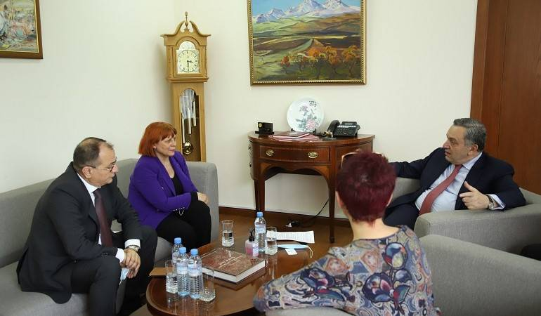 The newly appointed Ambassador of Montenegro presented the copy of his credentials to the Deputy Foreign Minister