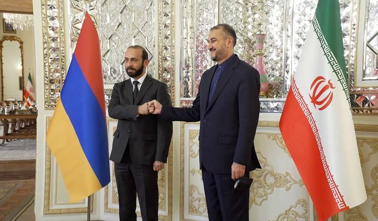 Встреча министра иностранных дел Армении Арарата Мирзояна с министром иностранных дел ИРИ Хоссейном Амир Абдоллахианом
