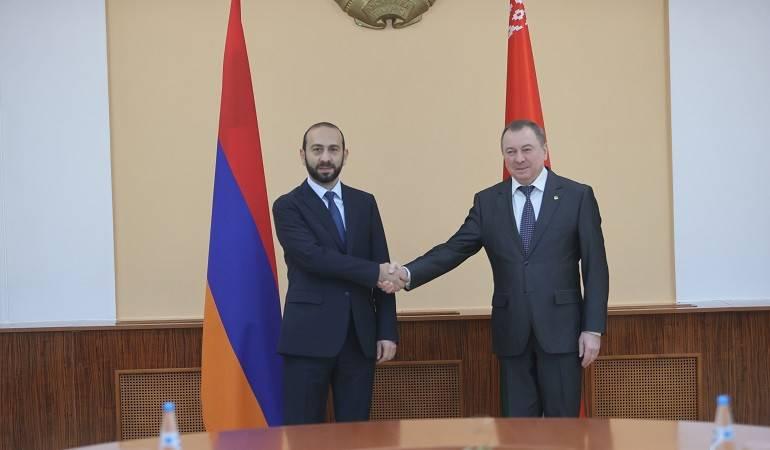 Встреча глав МИД Армении и Беларуси