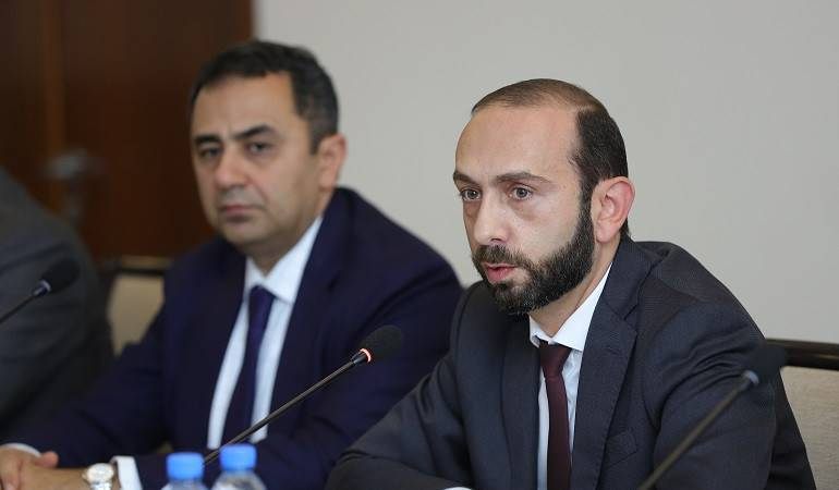 Meeting of Minister of Foreign Affairs Ararat Mirzoyan with the delegation of the Group of Rapporteurs on Democracy of the CoE Committee of Ministers