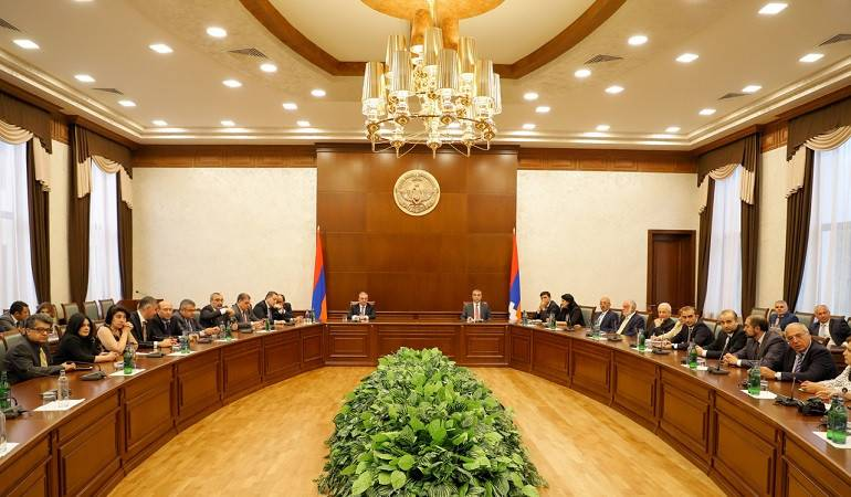 Participants of the Annual Conference of MFA Apparatus and Heads of Diplomatic Service Аbroad  met with the Staff of the Ministry of Foreign Affairs of Artsakh