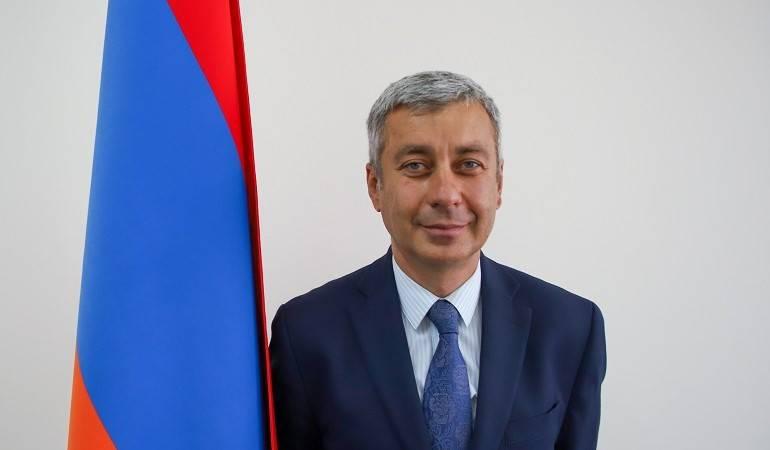 ՀՀ նախագահի հրամանագիրը Ուկրաինայում Հայաստանի Հանրապետության արտակարգ և լիազոր դեսպան նշանակելու վերաբերյալ