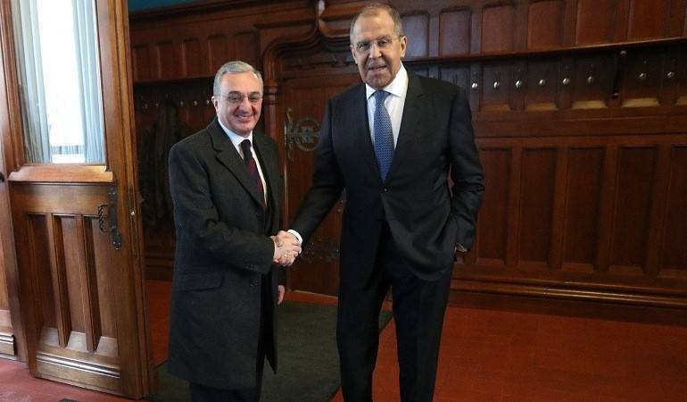 Rencontre entre les Ministres des Affaires étrangères d'Arménie et de Russie